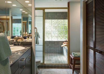 garden-room-bathroom
