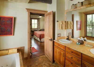 riverhouse-bath-two