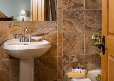 sage-room-bath